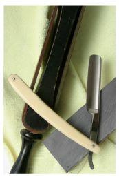 Workshop onderhoud en slijpen open scheermes